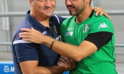 Gigi De Canio abbraccia staff Sassuolo