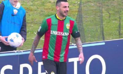 Adriano Montalto in maglia Ternana